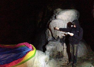 Metingen in de grotten van Han