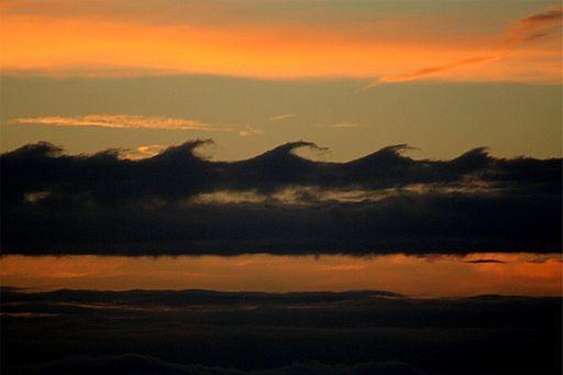 Kelvin Helmholz wave clouds