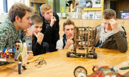 #FFF: FabLabs en de Maker Movement