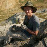 Onderzoeker in het veld: dino's in het daglicht