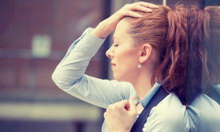Onthaalmedewerkers getuigen over werkdruk