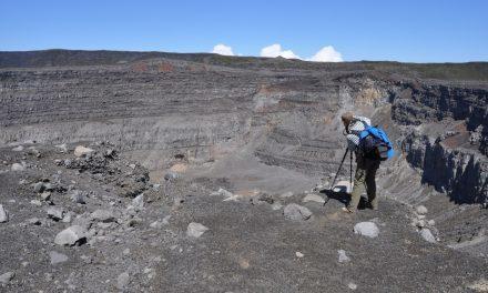 Karthala barst: bewaking van een actieve vulkaan in een ontwikkelingsland