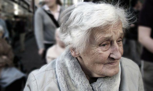 Vrijwilligerswerk verkleint kans op dementie