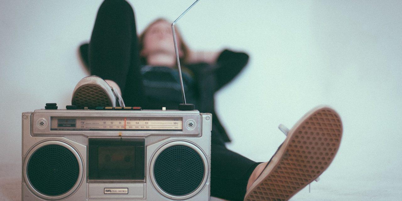 Luisteren in ongewone tijden